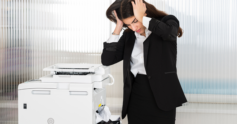 produtividade locação de impressoras Mil Cópias mulher desesperada gastos com impressora